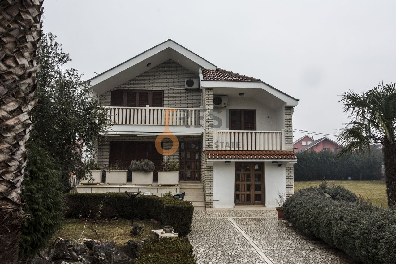 Kuća 130m2, plac 1600m2, Zagorič, Prodaja - 1