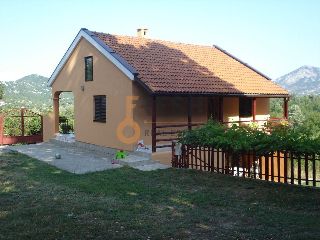 Kamena kuća, 120m2, Plac 5000m2, Cetinje, Ljubotinj, Prodaja - 1