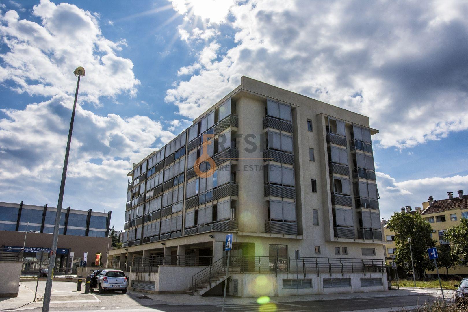 Dvosobni luksuzni stanovi, 92m2, Tološi, Prodaja - 1