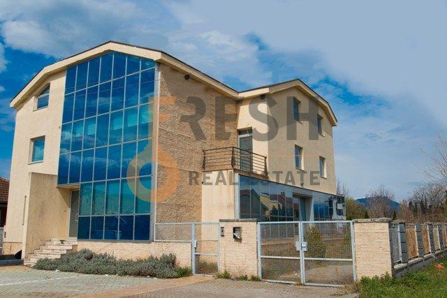 Luksuzan poslovni objekat, 555m2, Gornja Gorica, Izdavanje - 1