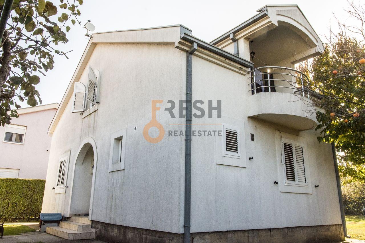 Podgorica, Zabjelo, namjetena kuća 250m2, za izdavanje - 1