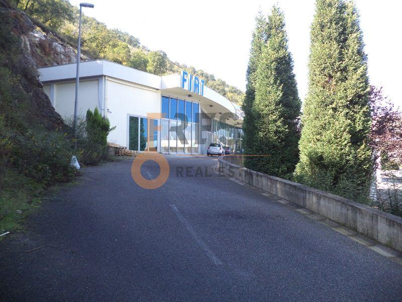 Podgorica, Komanski most, poslovni prostor 1000m2, prodaja - 1