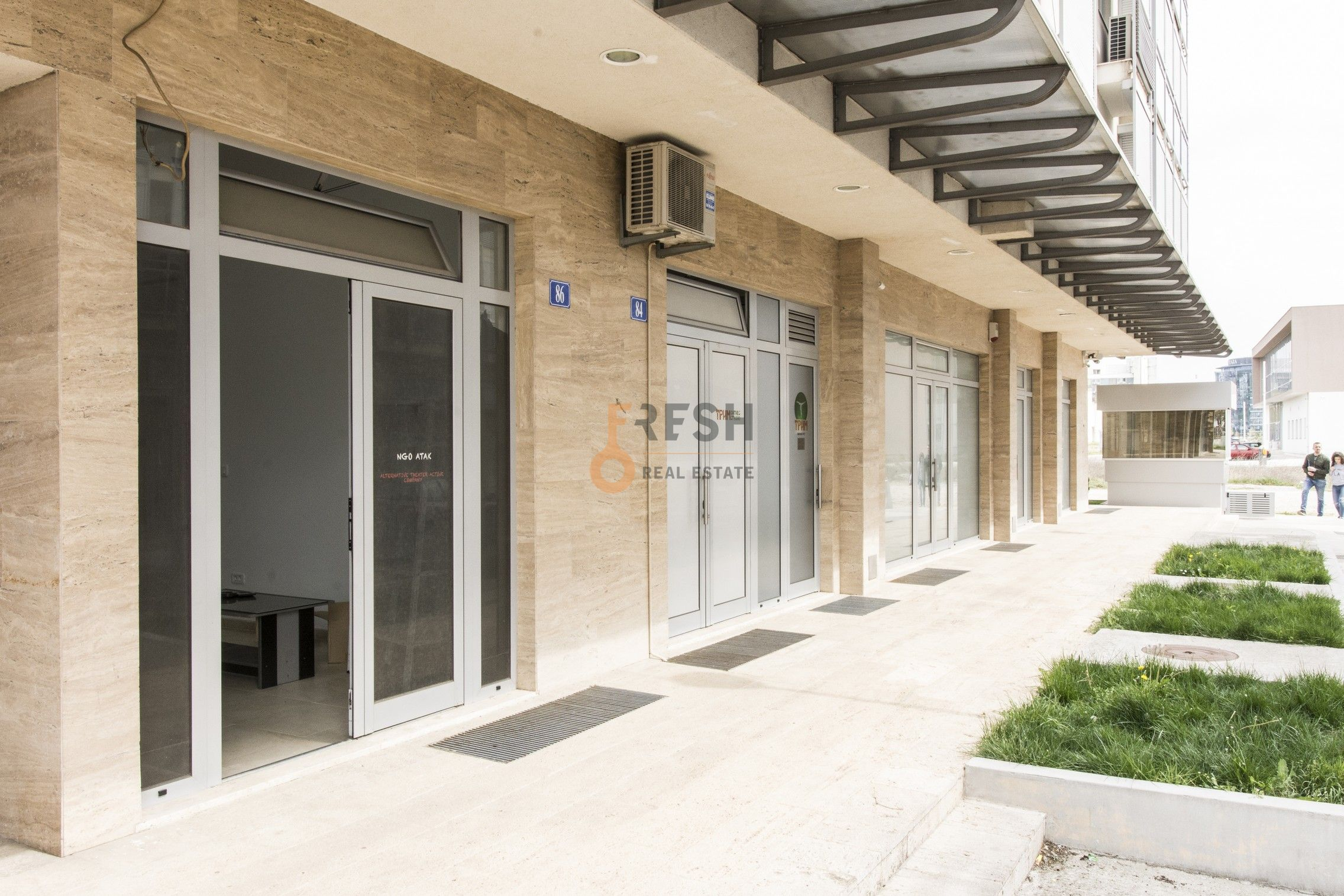Poslovni prostor, površina 20m2, sređen, Tološki Apartmani. - 1