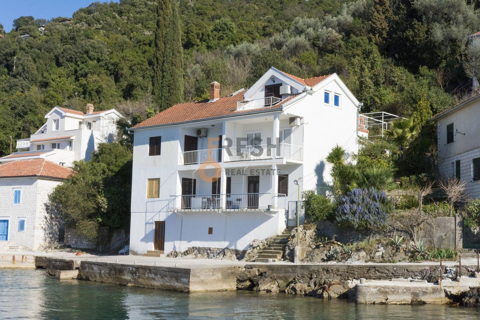 Kuća na obali mora, Luštica, Rose, Prodaja - 1