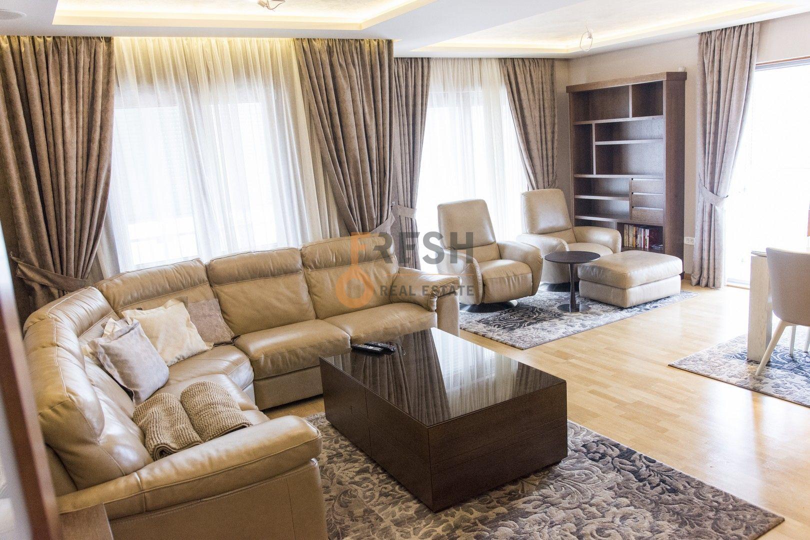 Lux namješten trosoban stan, 120m2, Tološki apartmani, Izdavanje - 1