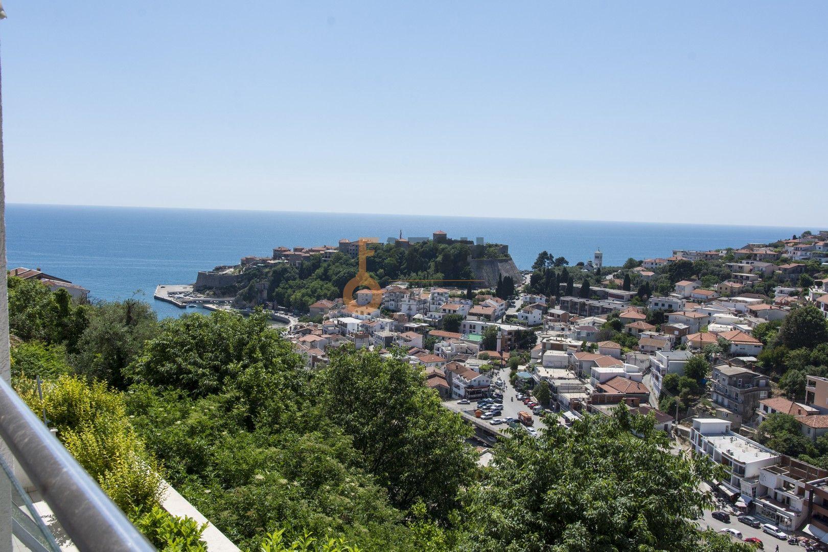 Lux dvosoban stan sa pogledom na more, 108m2, Ulcinj, Prodaja - 1