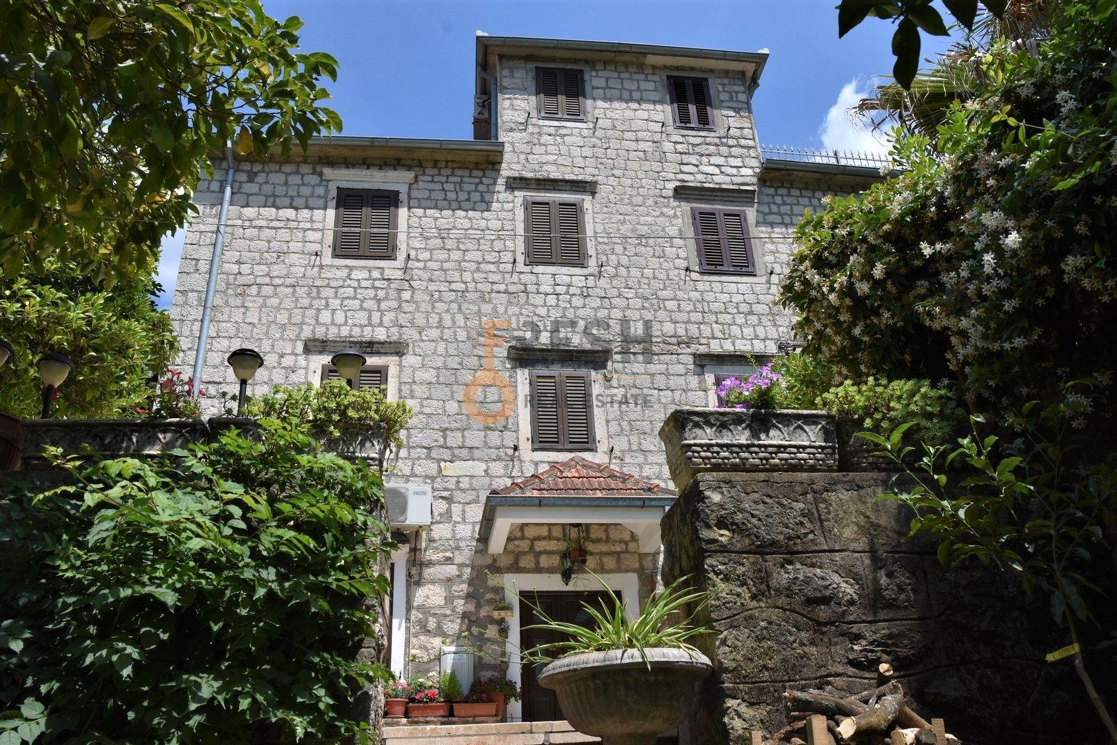 Kamena kuća, 380m2, Pogled na more, Kotor, Dobrota, Prodaja - 4