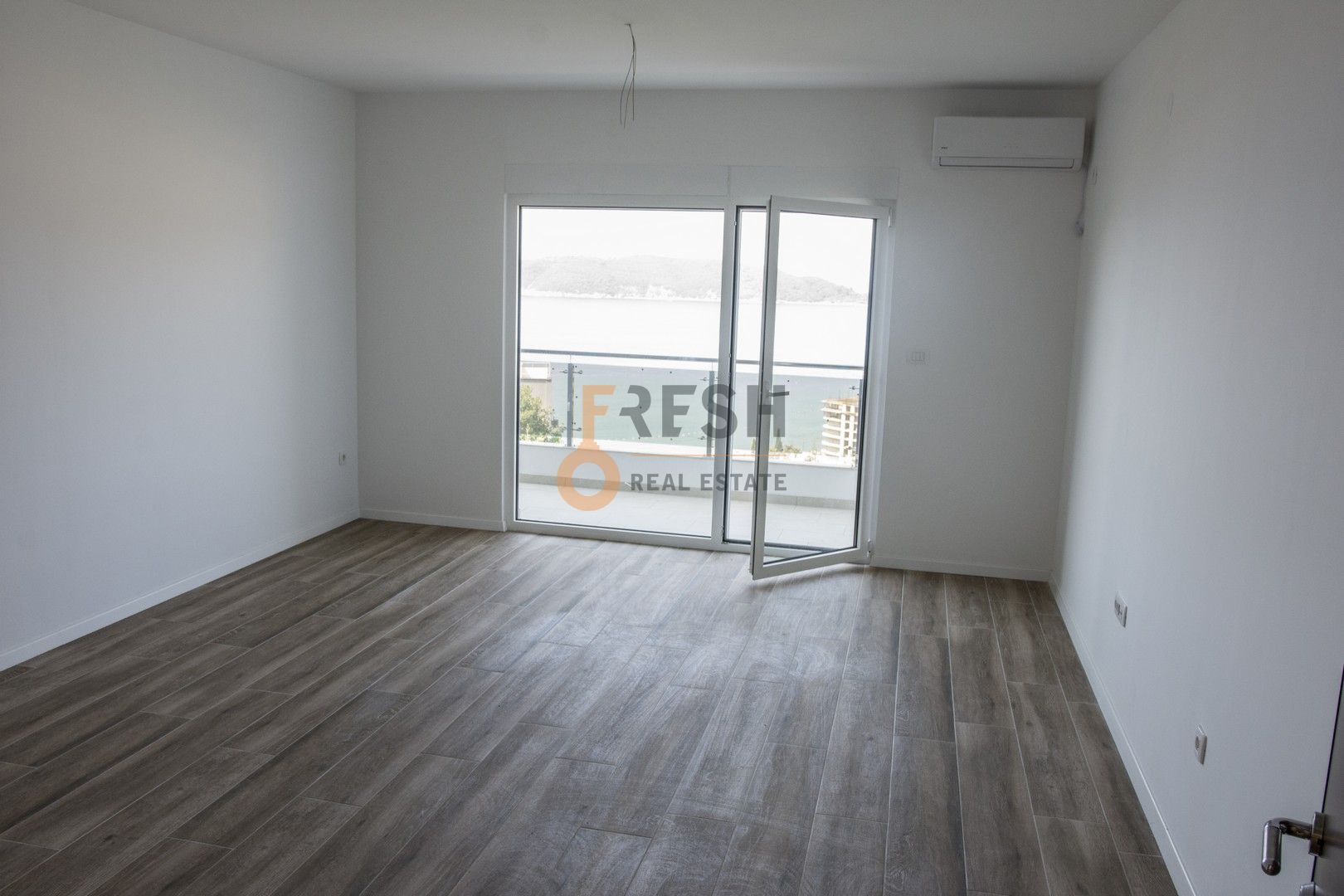 Studio apartnan - garsonjera, 35m2, Rafailovići, Prodaja - 2
