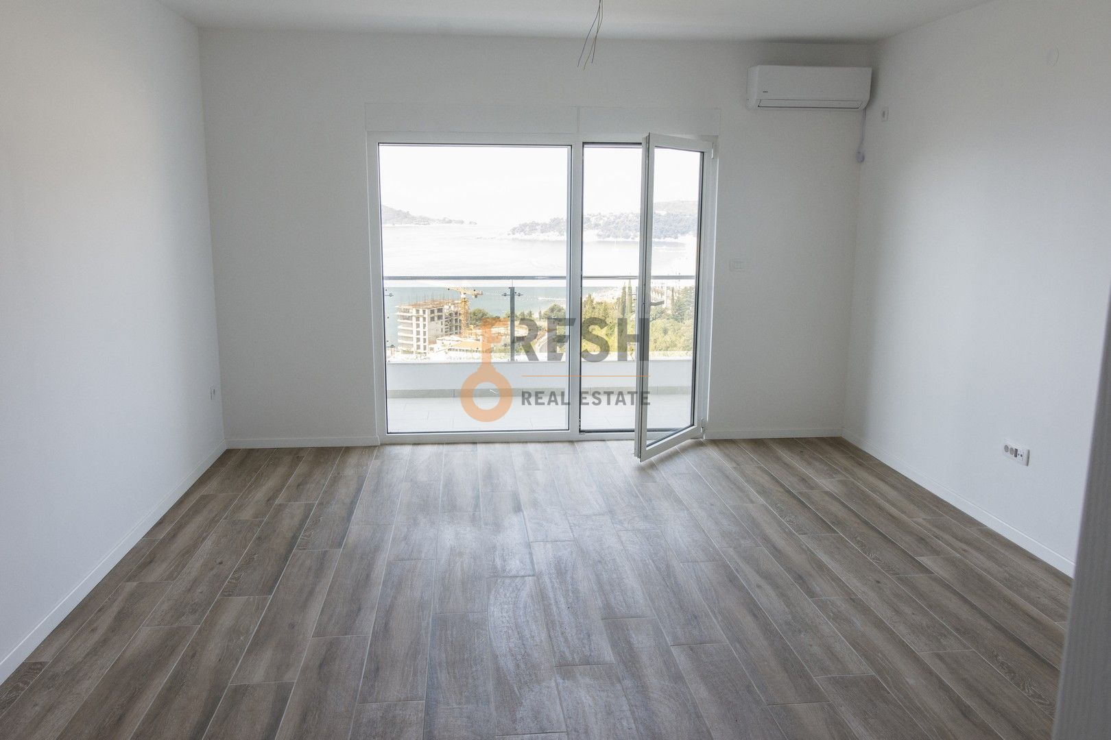 Studio apartnan - garsonjera, 35m2, Rafailovići, Prodaja - 3