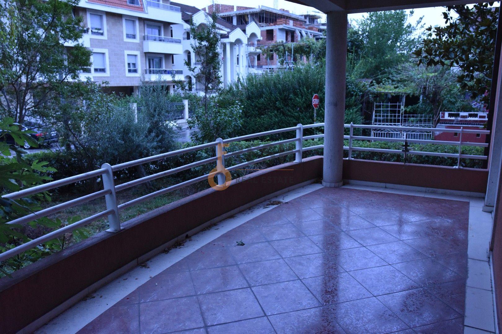 Poslovni prostor, 140m2, Ljubović, Izdavanje - 1
