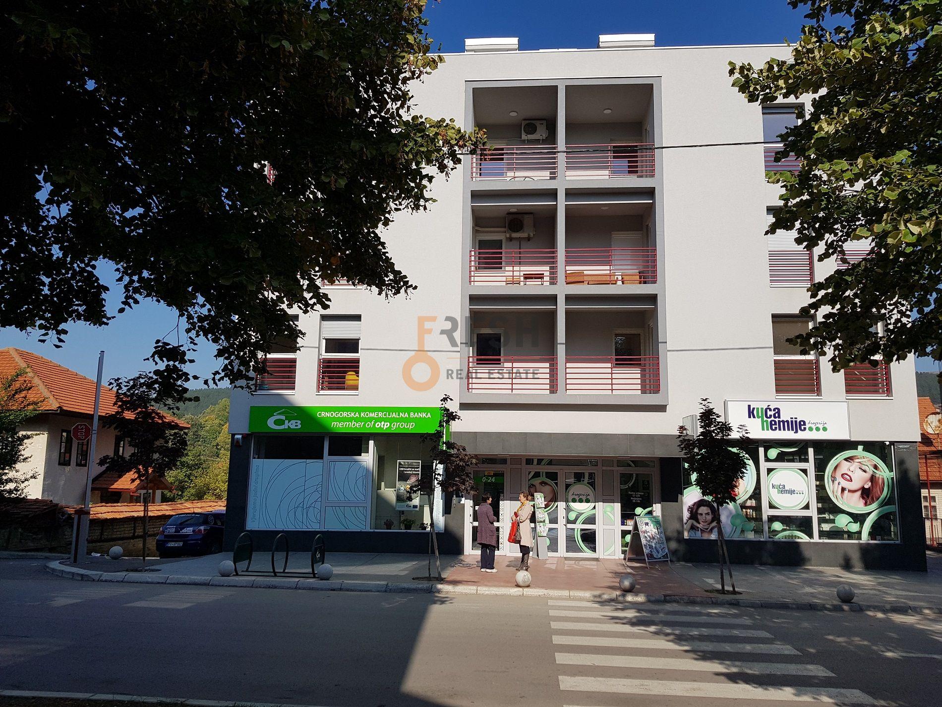Jednosoban stan, 44m2, potkrovlje, centar, Pljevlja, Prodaja - 1