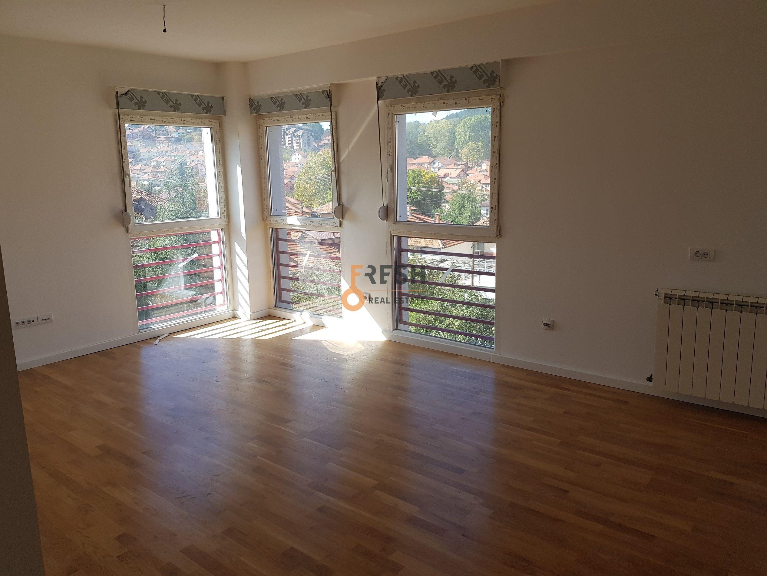 Dvosoban stan, 71m2, centar, Pljevlja - 16