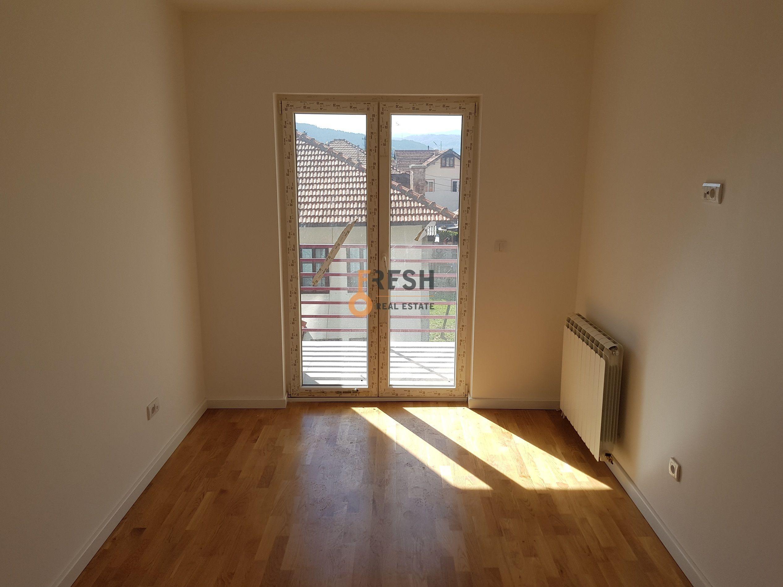 Dvosoban stan, 71m2, centar, Pljevlja - 1