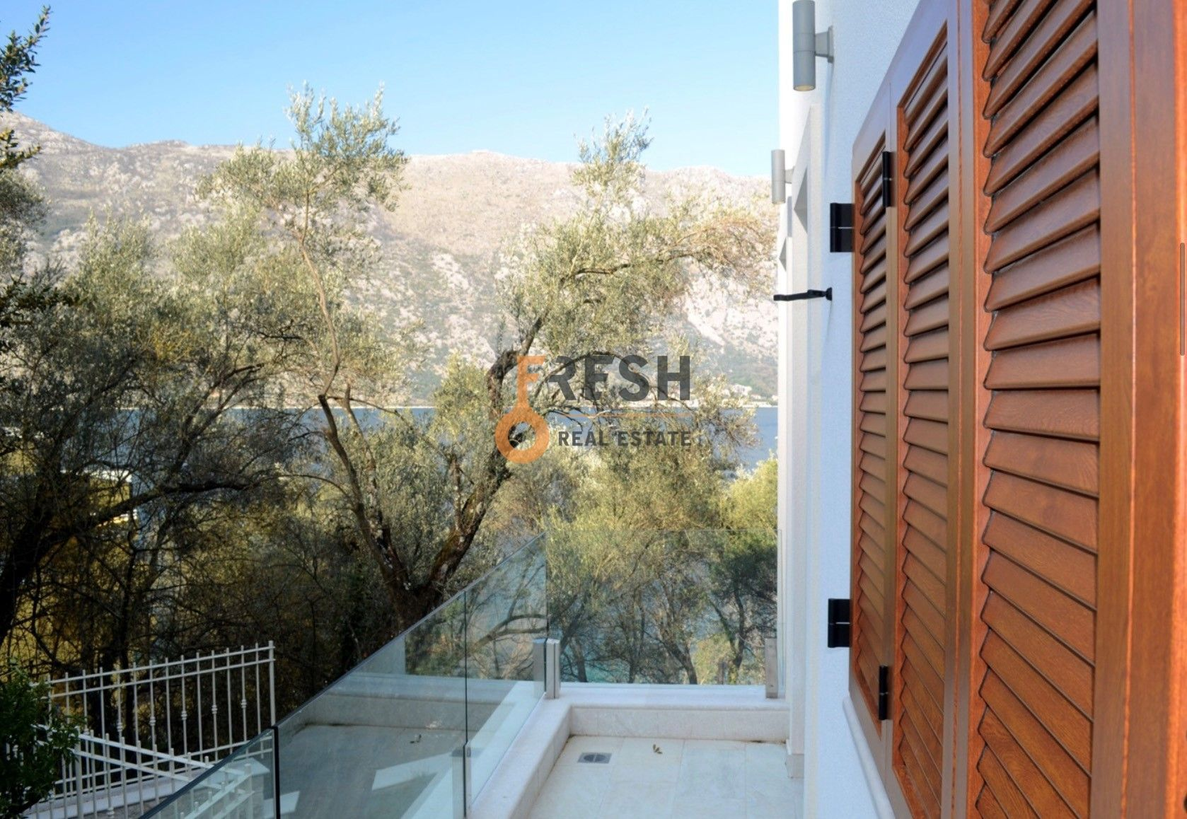 Luksuzna Villa u Boko-Kotorskom zalivu, 585,60 m2+400 m2 zemljista, Prodaja - 22