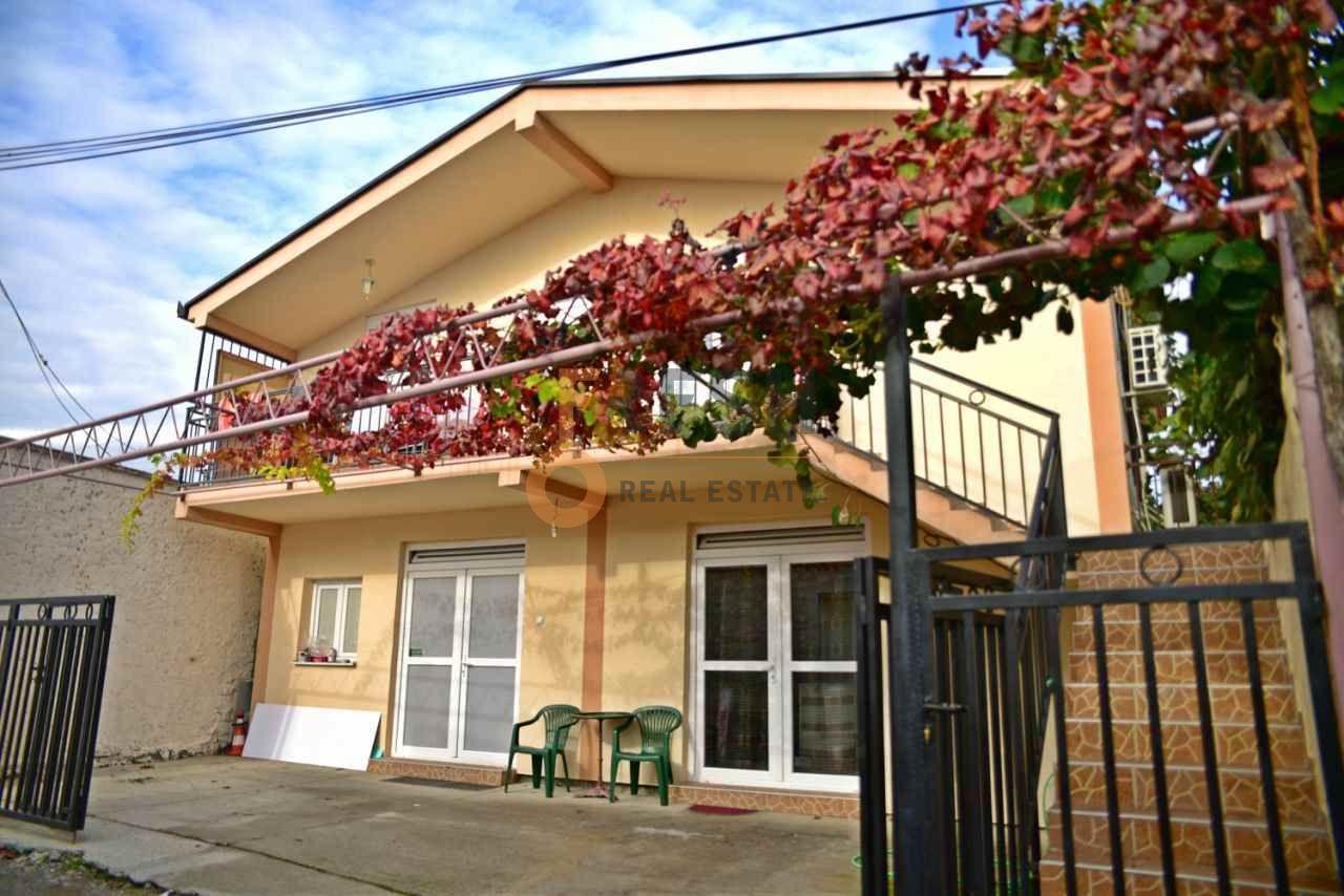 Kuća, 160 m2 + 16 m2 terase, Stara Varoš, Prodaja - 1