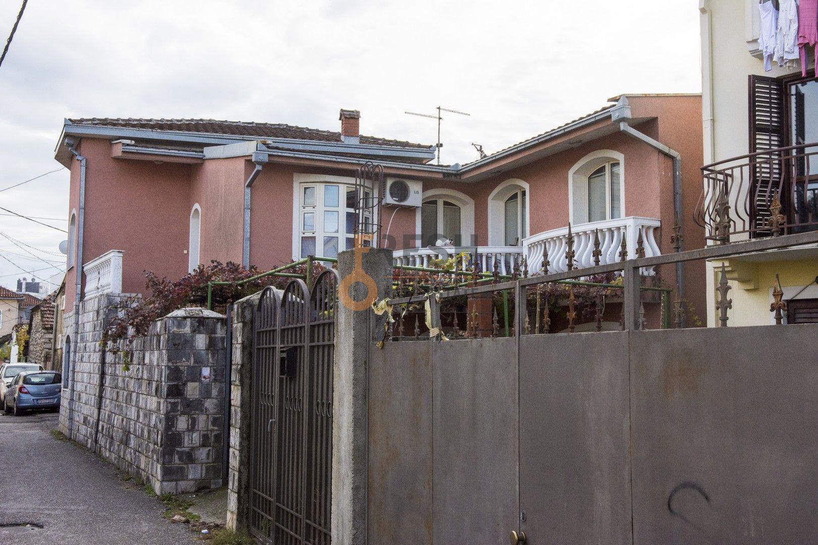 Kuća, 200m2, Stara Varoš, Prodaja - 1