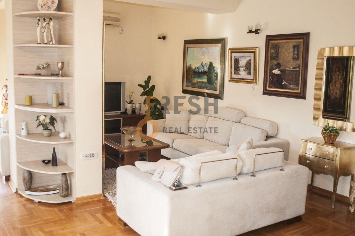 Duplex stan, 220 m2, Pod Goricom, Izdavanje - 1