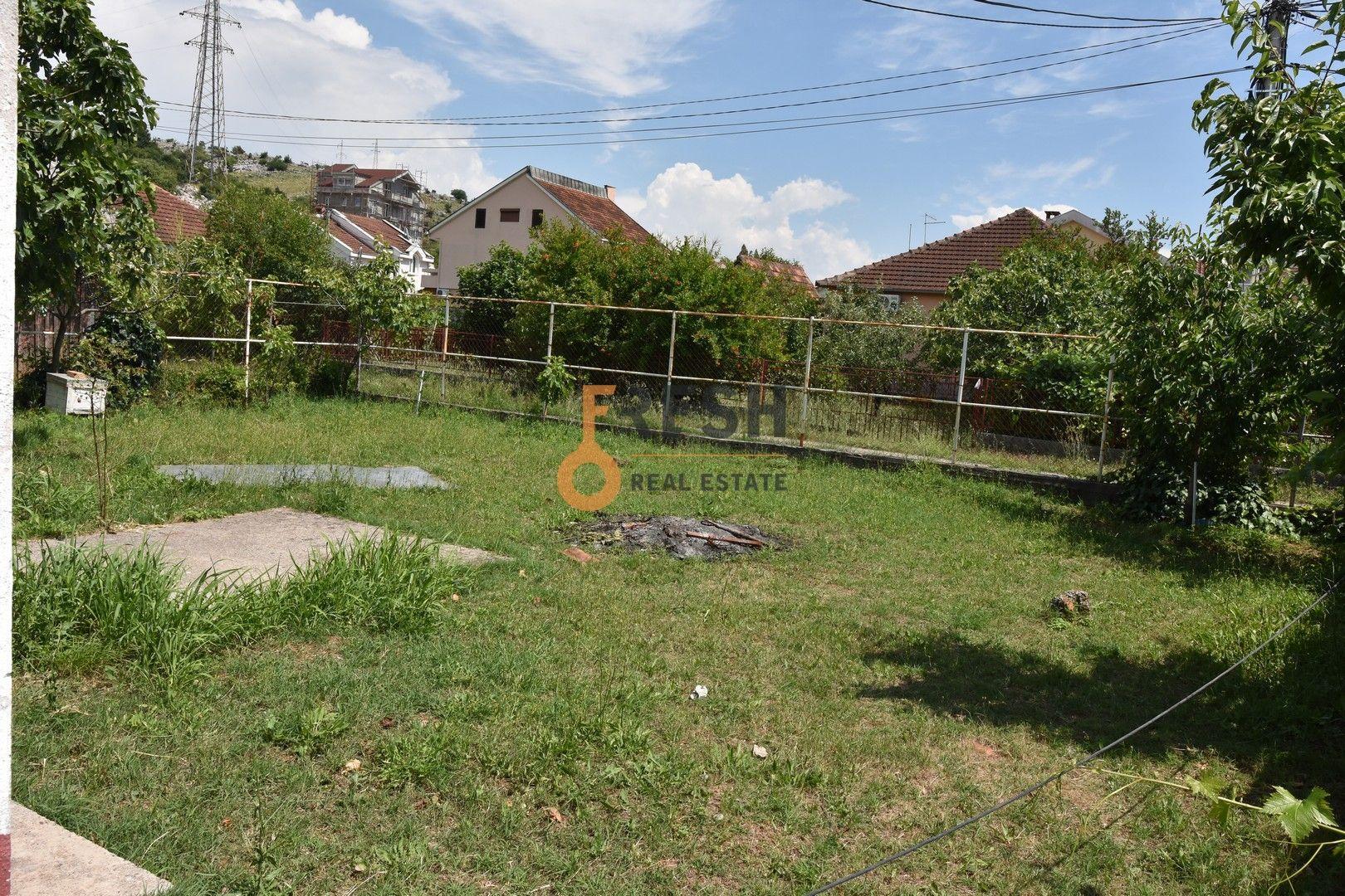 Plac, 615m2, Dalmatinska, prodaja - 1