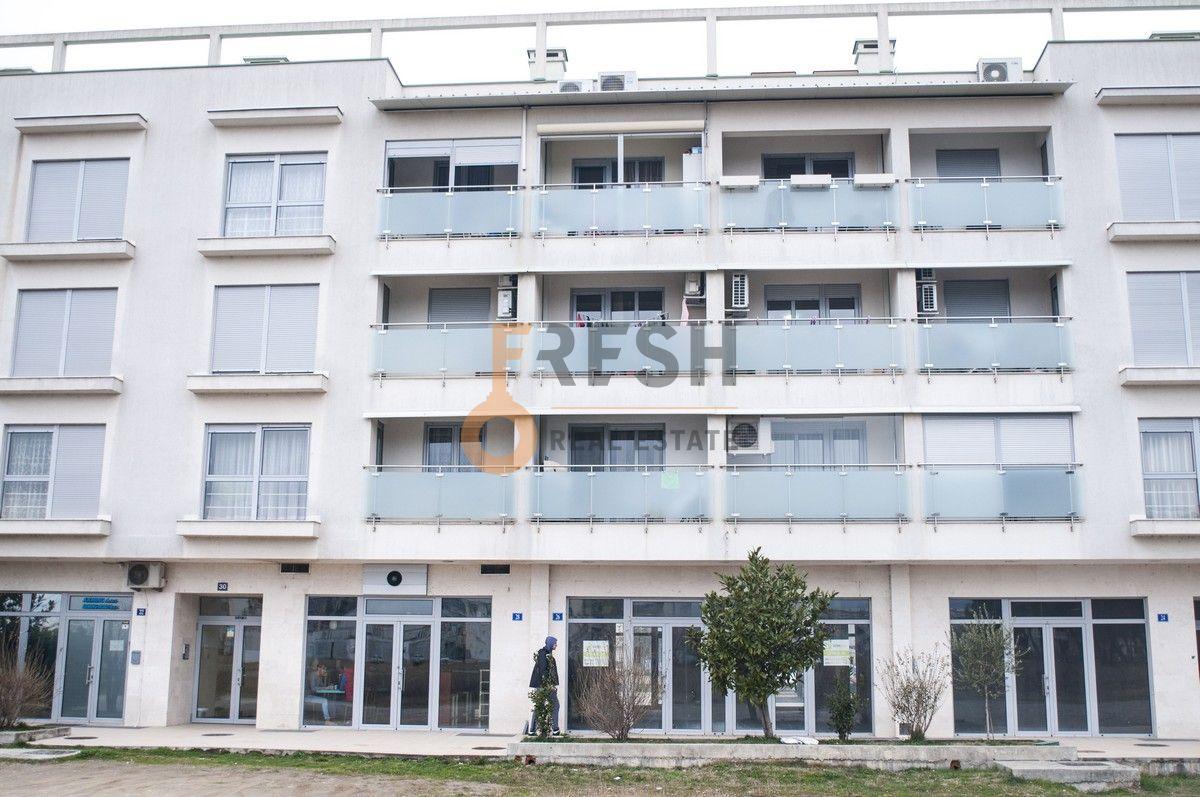 Poslovni prostor, 80m2, Tološi, Prodaja - 1
