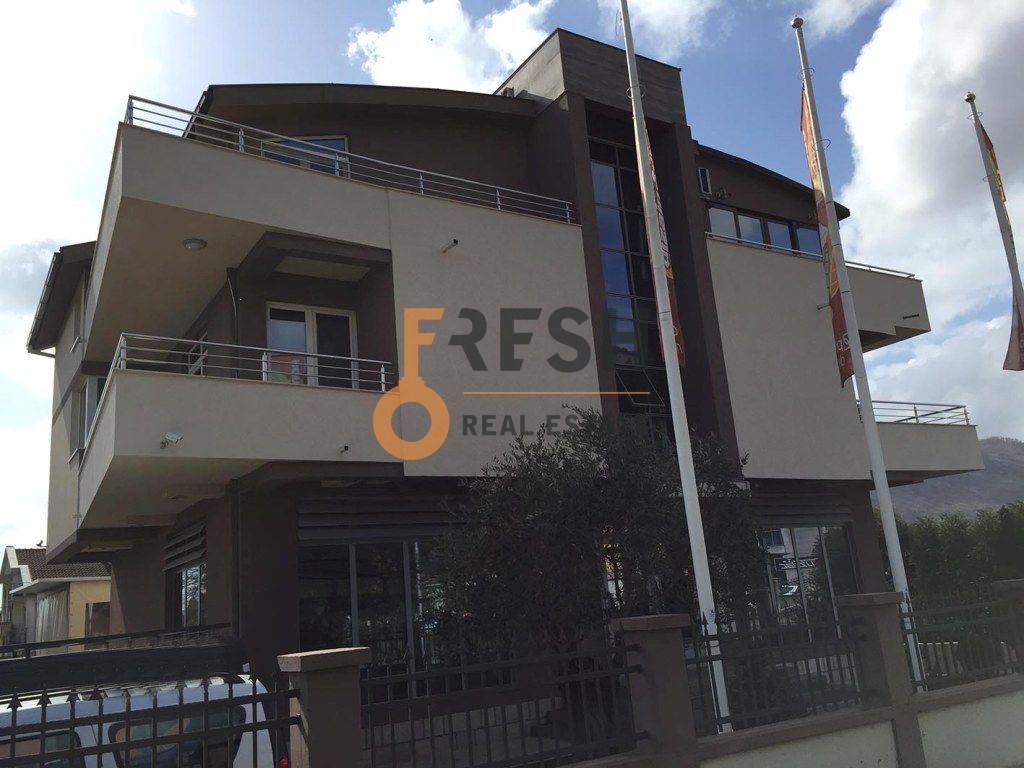 Poslovno-stambeni objekat, 523 m2, Tološi, Prodaja - 1
