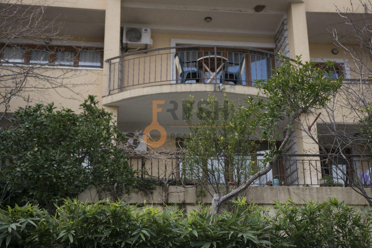 Vila na 4 etaže, Bečići - Budva, Prodaja - 3