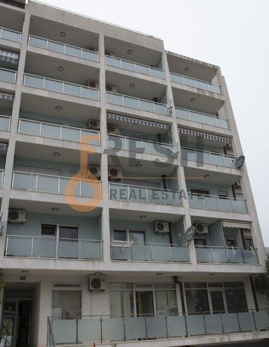 Poslovni prostor, 45 m2, Budva, Prodaja - 1