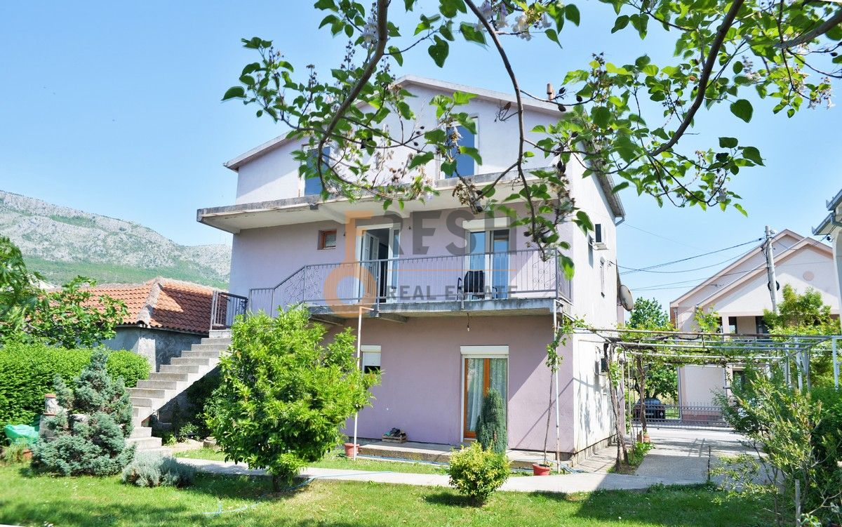 Kuća, 210 m2, Zlatica, Prodaja - 1