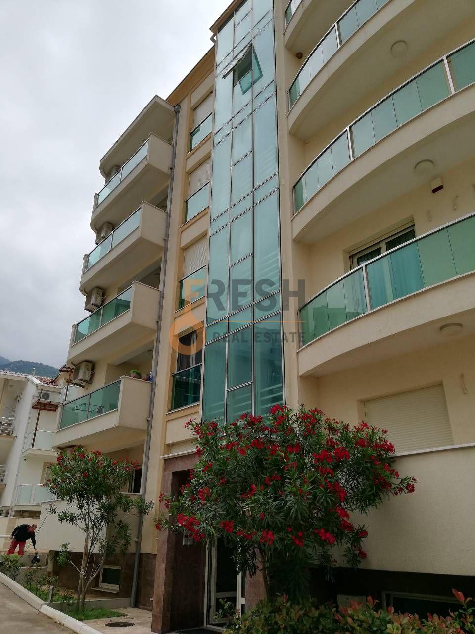 Lux dvosoban namješten stan, 90 m2, Budva - Bečići, Prodaja - 1