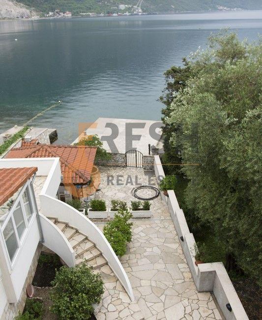 Potpuno opremljena kuća, 300 m2, Kotor - Kostanjica, Prodaja - 1
