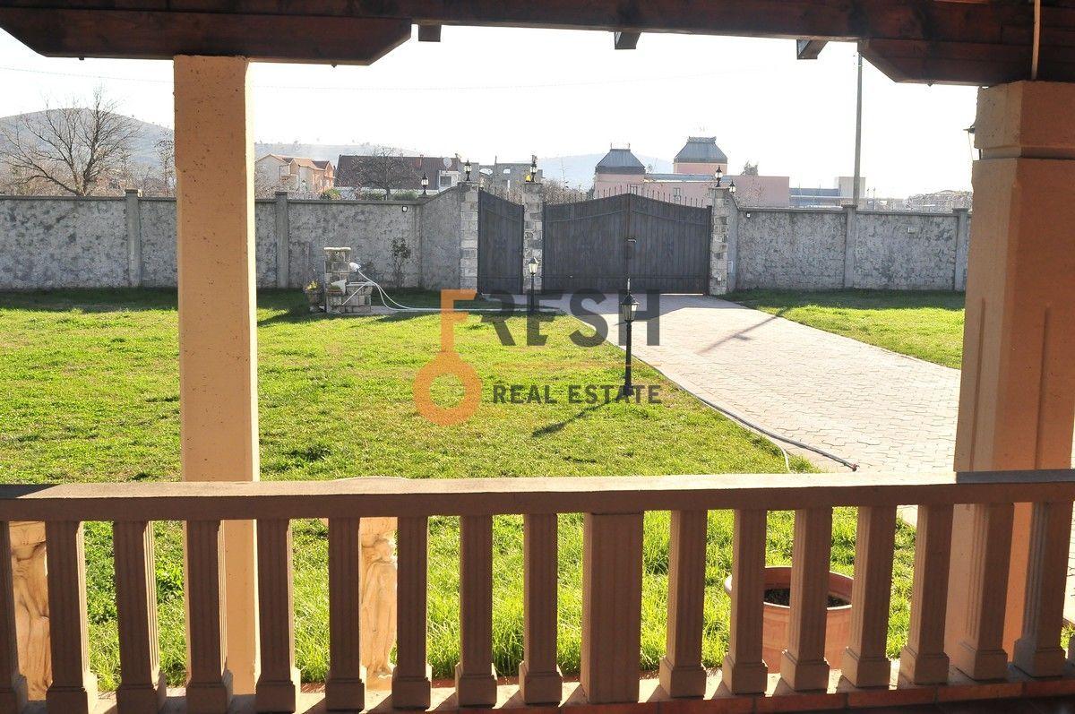 Kuća, 400 m2, Donja Gorica, prodaja - 11