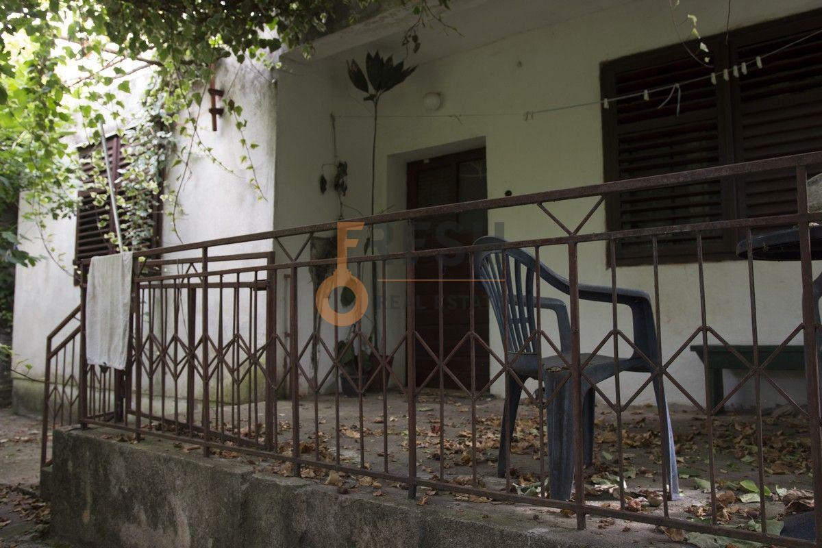 Kuća, 80 m2 na placu od 500 m2, Bar - Šušanj, Prodaja 1
