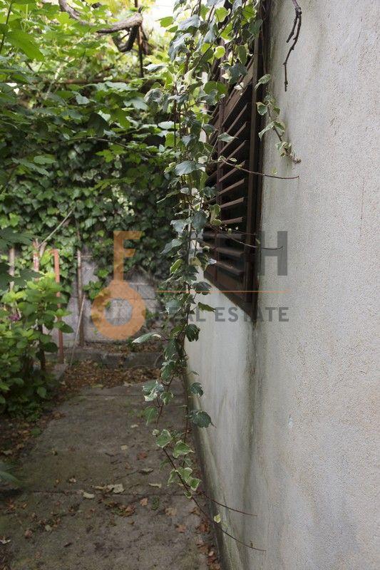 Kuća, 80 m2 na placu od 500 m2, Bar - Šušanj, Prodaja - 20