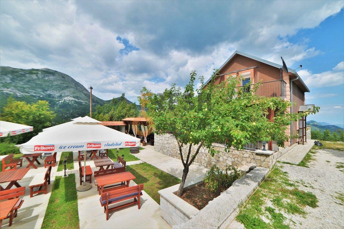 Kuća i restoran sa apartmanom, 104 m2, Cetinje, Prodaja - 1