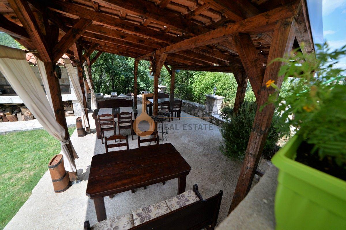 Kuća / restoran sa apartmanom, 104 m2, Cetinje, prodaja - 9