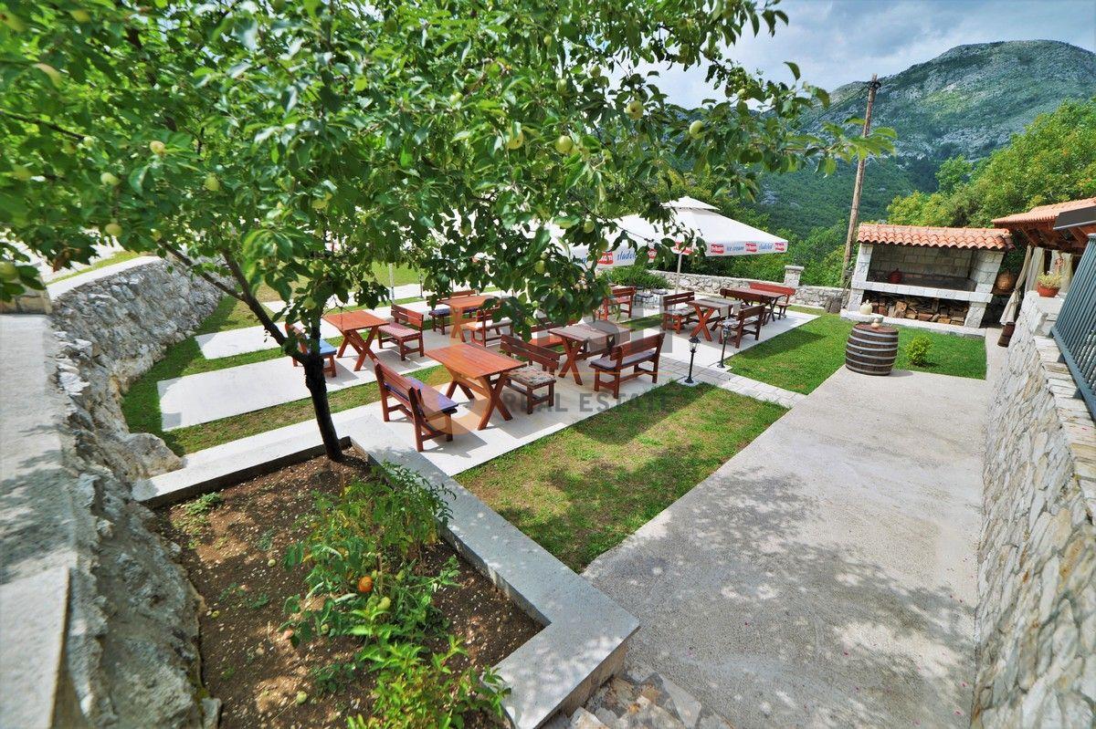 Kuća / restoran sa apartmanom, 104 m2, Cetinje, prodaja - 11