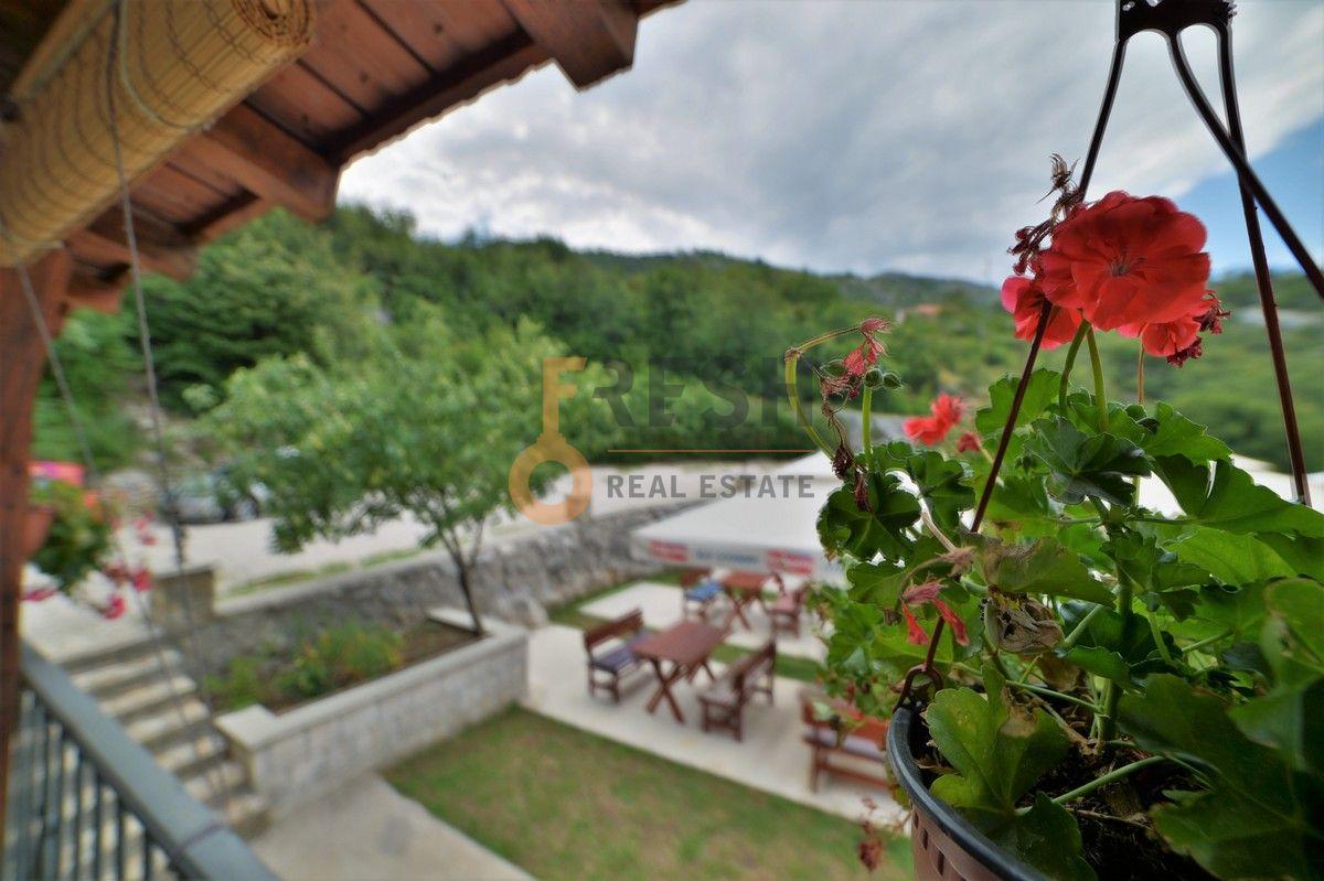 Kuća / restoran sa apartmanom, 104 m2, Cetinje, prodaja - 13
