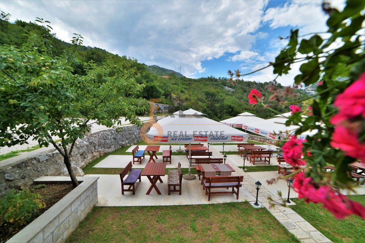 Kuća / restoran sa apartmanom, 104 m2, Cetinje, prodaja - 15