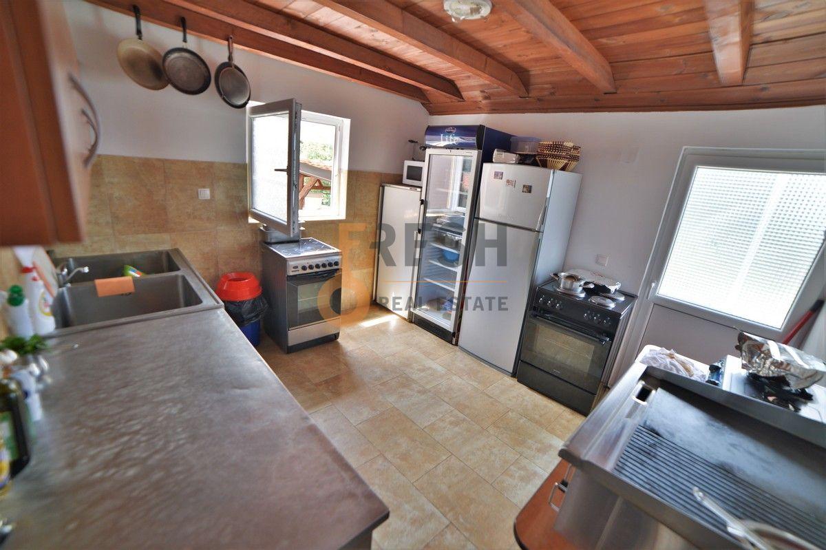 Kuća / restoran sa apartmanom, 104 m2, Cetinje, prodaja - 19
