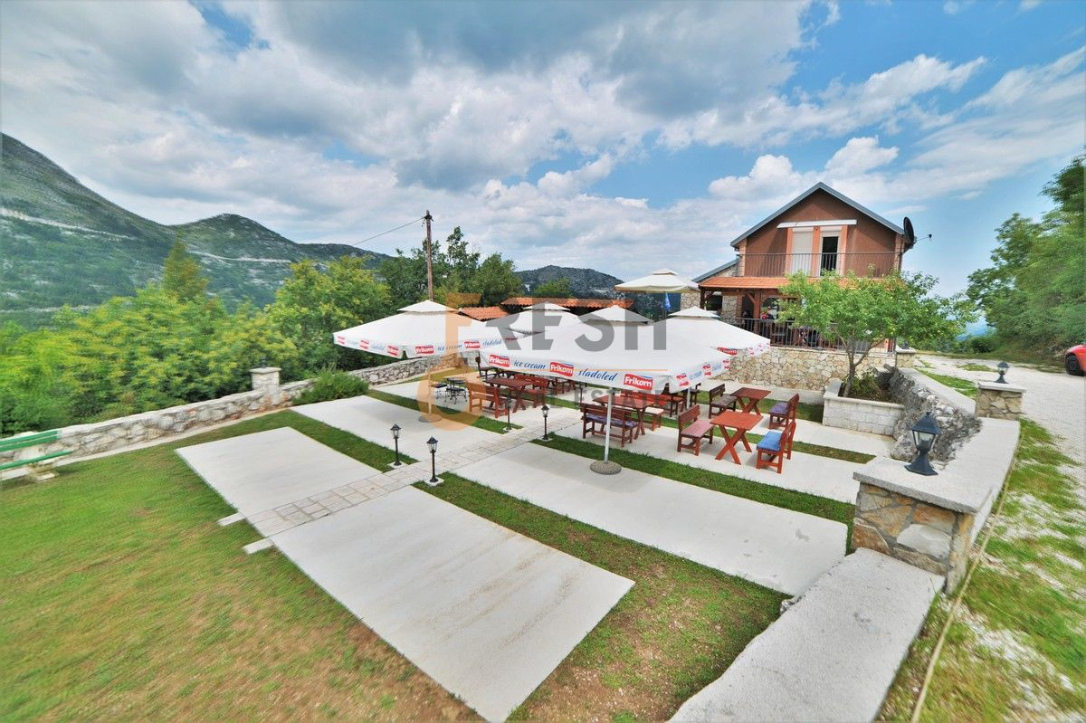 Kuća / restoran sa apartmanom, 104 m2, Cetinje, prodaja - 1