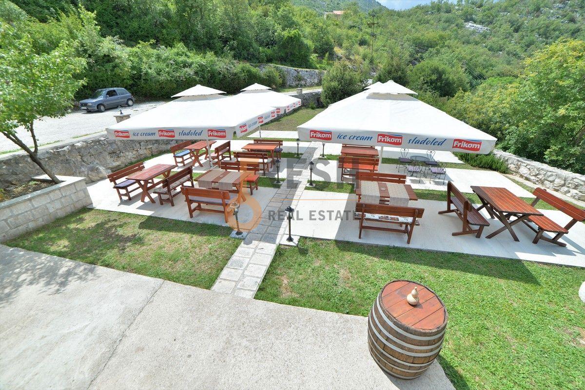 Kuća / restoran sa apartmanom, 104 m2, Cetinje, prodaja - 5
