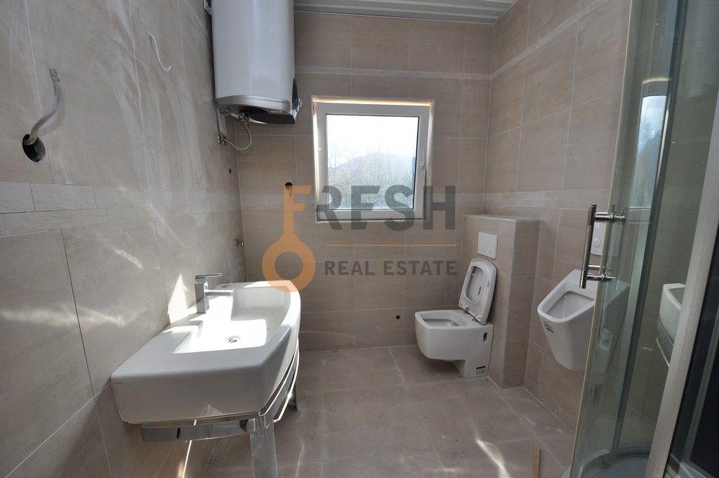 Mini hotel sa 7 apartmana i velikim dvorištem, 900 m2, Orahovac - Kotor, Prodaja - 13