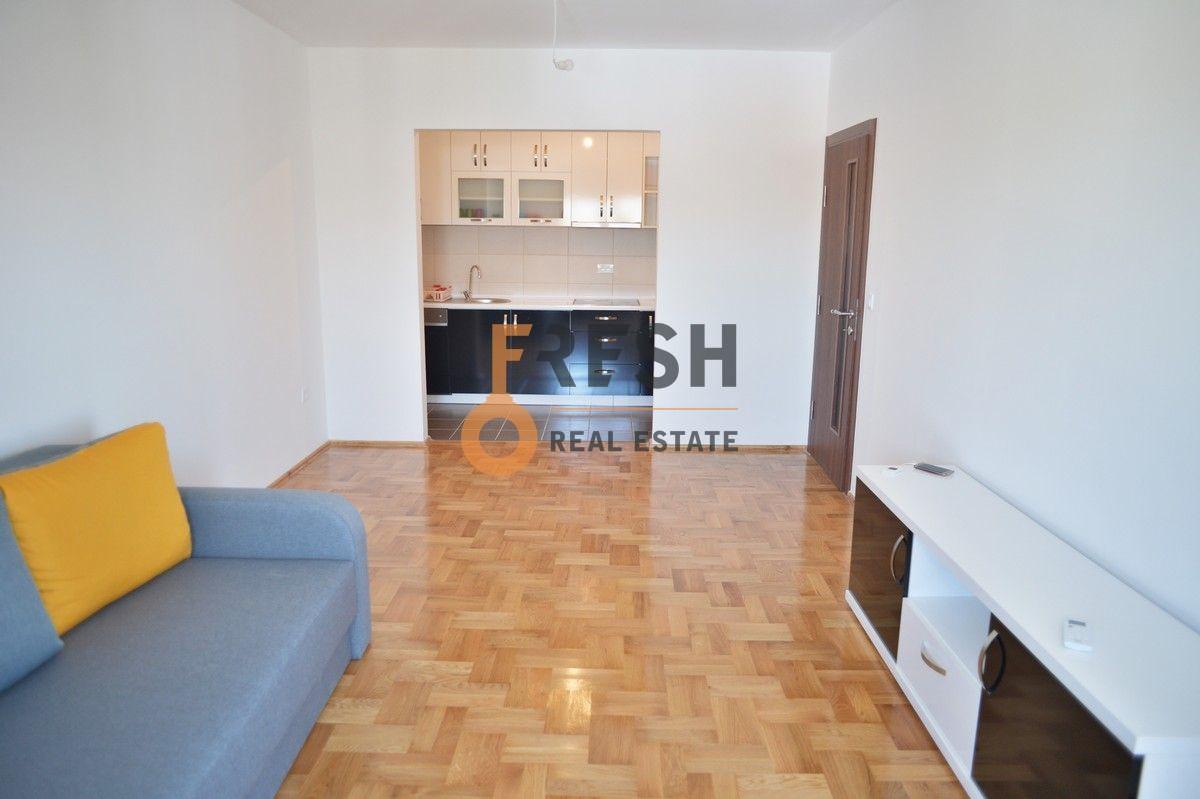 Dvosoban stan, 74 m2, Donja Gorica, Izdavanje - 3