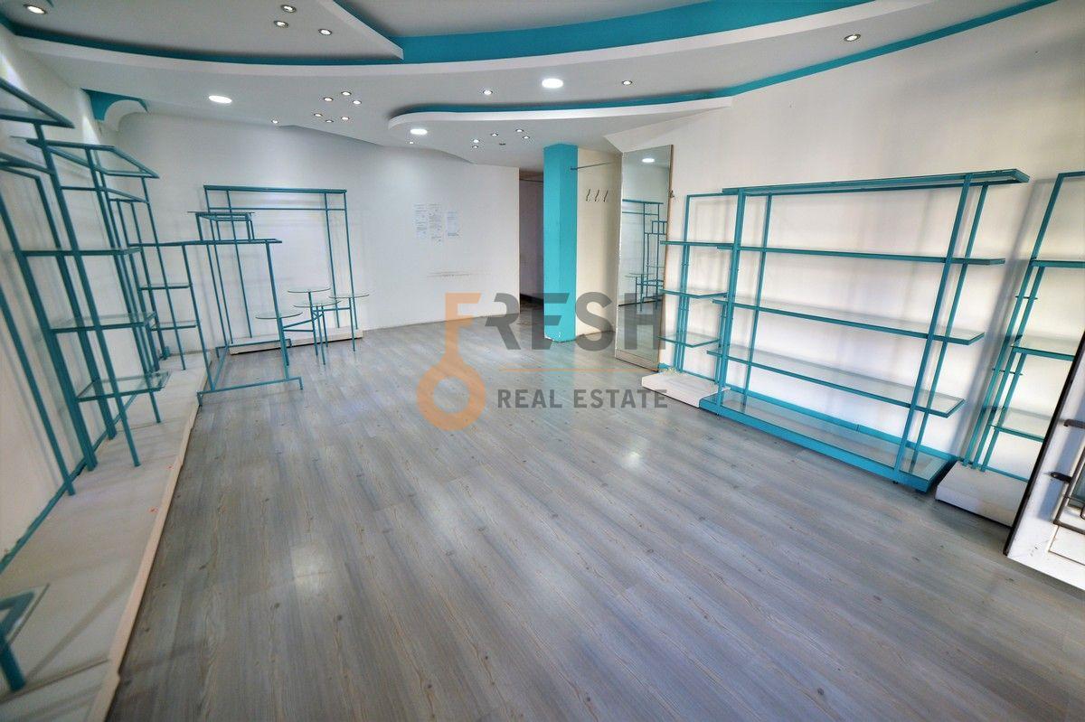 Poslovni prostor, 70m2, Danilovgrad, Izdavanje - 1