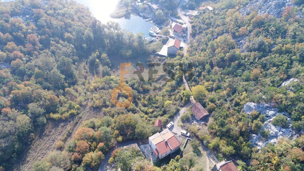 Kuća, 103m2 na placu od 400m2, Karuč, Prodaja - 1