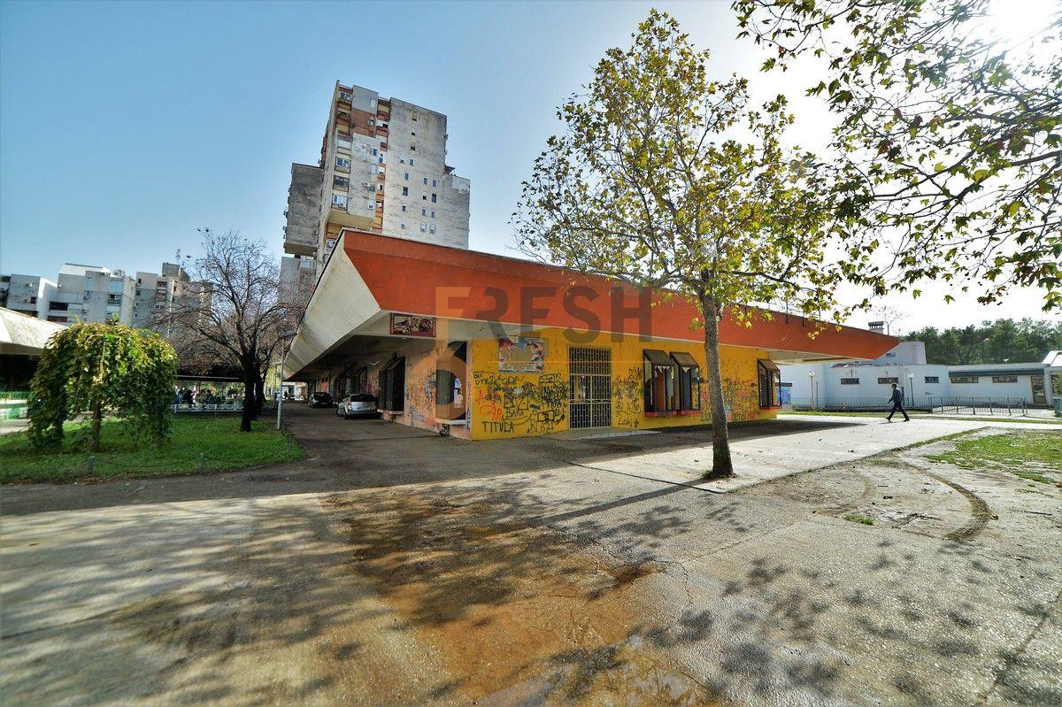 Poslovni prostor, 972m2, Blok V, Prodaja - 1