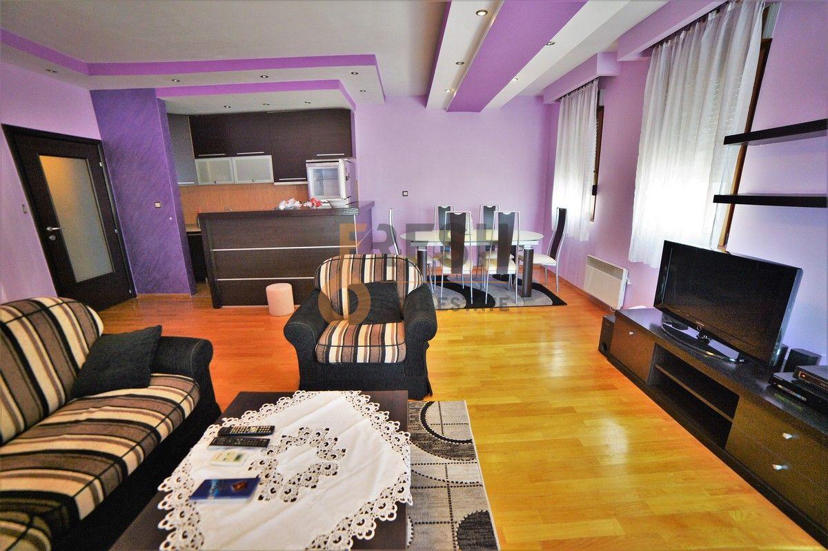 Lux dvosoban namješten stan, 72m2, Obala Morače, izdavanje - 4