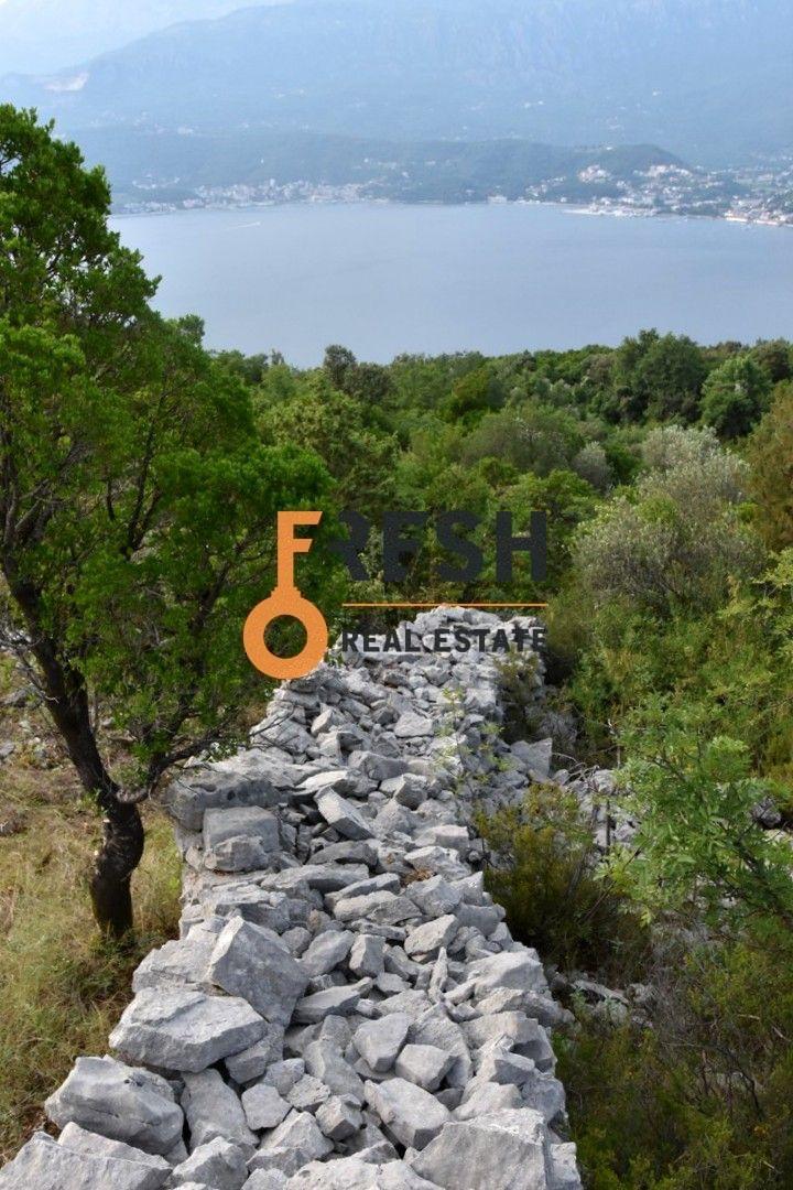 Plac na Luštici sa pogledom na more i Herceg Novi - 9