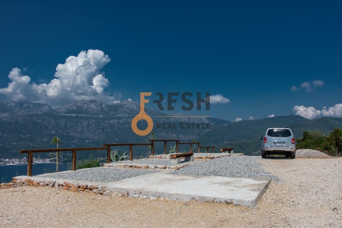 Plac na Luštici sa pogledom na more i Herceg Novi - 3