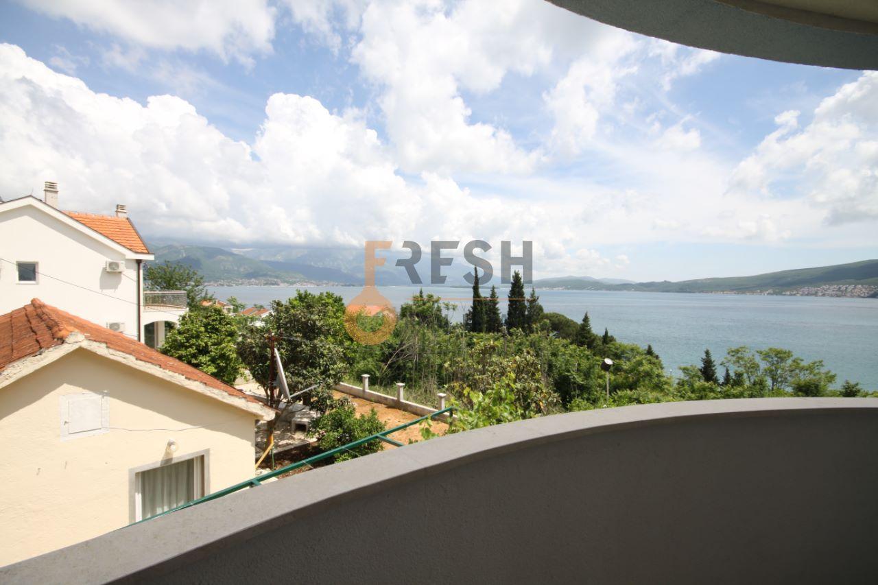 Vila sa pogledom na more, 180m2, Baošići - Herceg Novi, Prodaja - 21