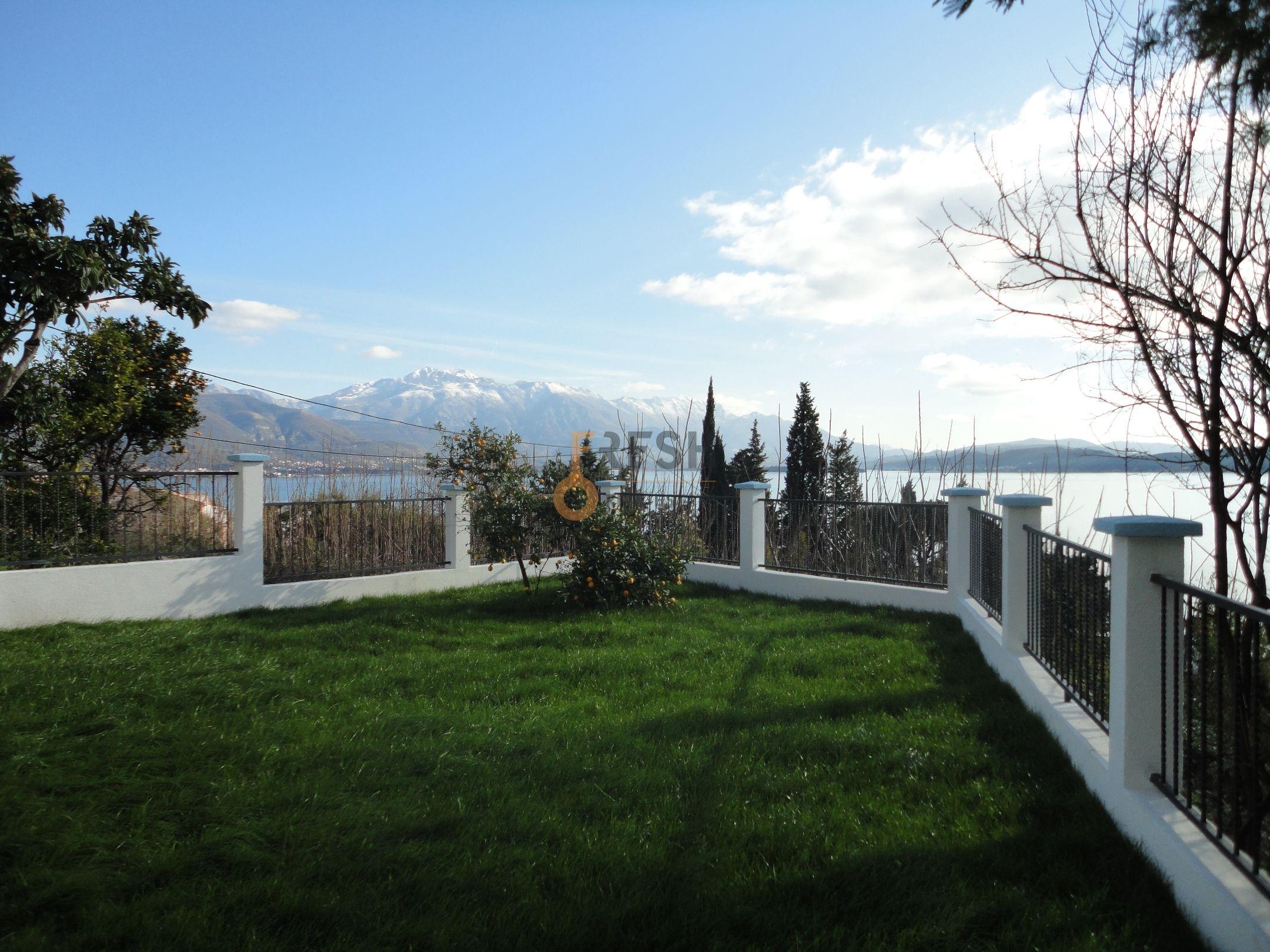 Vila sa pogledom na more, 180m2, Baošići - Herceg Novi, Prodaja - 7